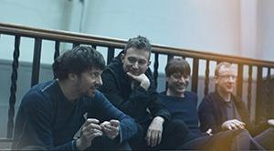 [必聽] 10首英國Blur樂團(布勒)經典歌曲
